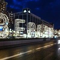 Das Foto wurde bei Kurfürstendamm von Laura S. am 12/25/2012 aufgenommen