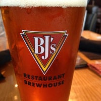 Photo taken at BJ's Restaurant and Brewhouse by Shake N B. on 7/3/2013