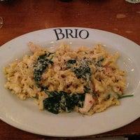 Photo prise au Brio Tuscan Grille par Shake N B. le3/26/2013
