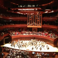 Foto scattata a Kimmel Center for the Performing Arts da Dave R. il 3/29/2013