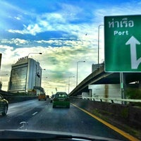 Photo taken at Rama IV 1 Toll Plaza by Dragon_x on 6/14/2016