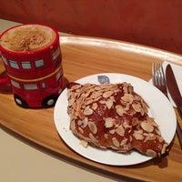 Photo taken at glo London Bakery Café by Elisa N. on 10/10/2013
