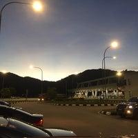 Photo taken at Plaza Tol Setul by nazrul c. on 4/21/2017
