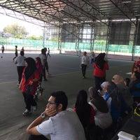 Photo taken at Kompleks Futsal 1Malaysia by nazrul c. on 11/19/2016