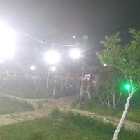 Photo taken at Menteşe Çay Bahçesi by Alim B. on 5/14/2017