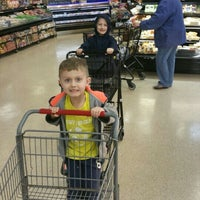Photo taken at Jewel-Osco by Peter K. on 4/2/2016
