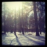 Das Foto wurde bei Campus Engelska Parken von Sylvain L. am 3/22/2013 aufgenommen