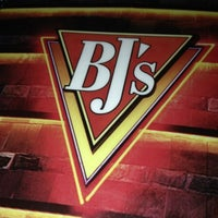 Photo taken at BJ's Restaurant and Brewhouse by Brigitte on 9/13/2013