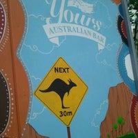 Das Foto wurde bei Yours Australian Bar von Alex R. am 9/27/2012 aufgenommen