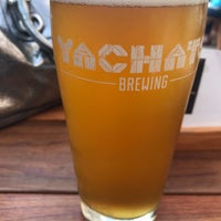 Photo prise au Yachats Brewing + Farmstore par Jared H. le10/6/2017