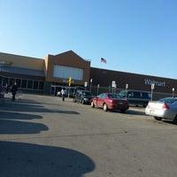 Foto diambil di Walmart Supercenter oleh Jenny L. pada 1/15/2013