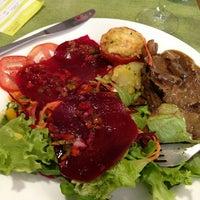 Снимок сделан в Limone Restaurante e Café пользователем Ana Paula L. 12/31/2012