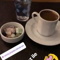 3/9/2018 tarihinde Sema K.ziyaretçi tarafından Emirgan Kafe'de çekilen fotoğraf