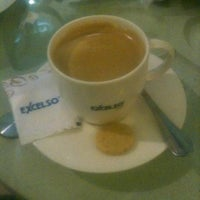 Photo taken at EXCELSO by guss p. on 12/15/2012