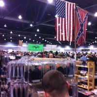 Foto tomada en Portland Expo Center por Alexandra W. el 2/16/2013