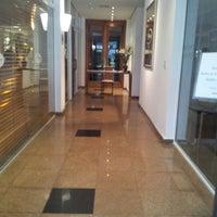 Foto tirada no(a) Transamerica Prime International Plaza por Carlos H. em 9/25/2012