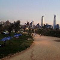 Foto tirada no(a) Parque Bicentenario por Sebastian M. em 3/30/2013