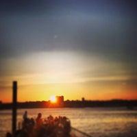 Снимок сделан в Lightship Frying Pan @ Pier 66 Maritime пользователем Dinesh P. 7/7/2013