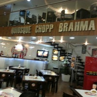 Foto tirada no(a) Quiosque Chopp Brahma por Caroline O. em 2/26/2013