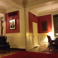 Foto tirada no(a) Harvard Club of New York City por Ryuji O. em 12/9/2012