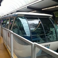 Foto tirada no(a) Seattle Center Station - Seattle Center Monorail por Galileo O. em 7/12/2013