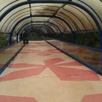 7/27/2013 tarihinde Paty D.ziyaretçi tarafından Clube Paineiras do Morumby'de çekilen fotoğraf