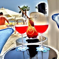 8/10/2013 tarihinde Oleg M.ziyaretçi tarafından Ibiza Beach Club'de çekilen fotoğraf