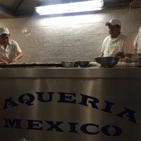Foto tomada en Taquería México por Laurikiz M. el 4/13/2017