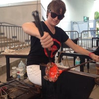 Photo taken at Hollywood Hot Glass by Aaron M. on 11/8/2013