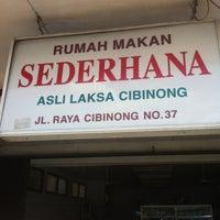 "Photo taken at Rumah Makan Laksa Cibinong ""Sederhana"" by Jethro T. on 3/17/2013"