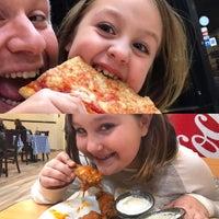 รูปภาพถ่ายที่ Jack's Pizzeria โดย Andrew B. เมื่อ 2/4/2017