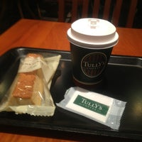 Photo taken at Tully's Coffee by かむかむっ レ. on 5/22/2013
