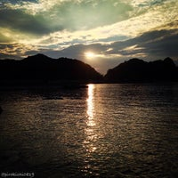 Photo taken at 諸寄海岸 by pirokichi0819 on 10/13/2013