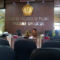 Photo taken at Kantor Pelayanan Pajak Pratama Sukabumi by Recka D. on 9/13/2013