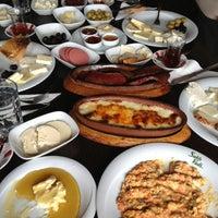 Das Foto wurde bei Saklı Vadi Kartepe von Dilek D. am 2/8/2013 aufgenommen