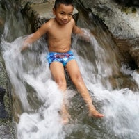 Photo taken at Hidden Valley Spring by Nor Fuziah T. on 9/13/2014