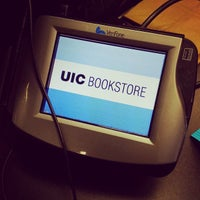 Photo taken at UIC Bookstore @ Student Center East by Brandon B. on 4/1/2015