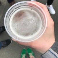 Foto tirada no(a) LTD Bar + Grill por Kelli K. em 4/29/2017