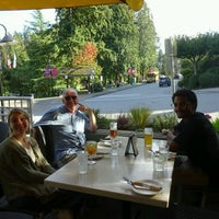 Photo taken at Arm's Reach Bistro by Kees d. on 9/15/2016