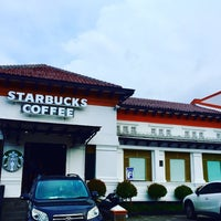Photo prise au Starbucks par RizaL S. le4/18/2018