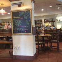 Photo taken at Olive Garden by Susie B. on 4/17/2016