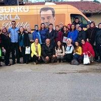 Photo taken at AK Parti Mustafakemalpaşa İlçe Başkanlığı by Mustafa Ç. on 10/28/2015