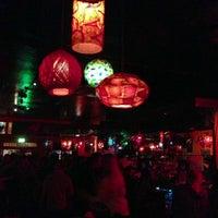 Foto tirada no(a) Casanova Cocktail Lounge por Kyle P. em 6/16/2013