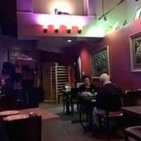 Photo taken at Onny's Thai Restaurant by Darrell B. on 1/1/2016