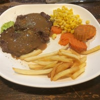 Photo taken at Relax Steak 39 by Justcake on 11/19/2016