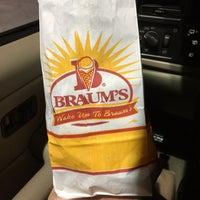 Photo taken at Braum's Ice Cream & Dairy Stores by Ekameva H. W. on 4/10/2017