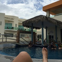 Photo taken at Artisan Hotel Resort & Spa - Playa Chachalacas by Fabiola S. on 8/30/2015