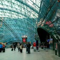 Photo taken at Frankfurt Airport Int'l Railway Station by Julian W. on 4/22/2016