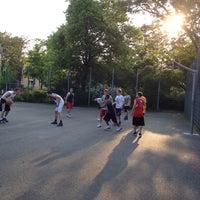 Photo taken at Basketballplatz Türkenschanzpark by Anıl K. on 5/1/2014