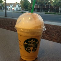 Photo taken at Starbucks by Dalia on 7/16/2013